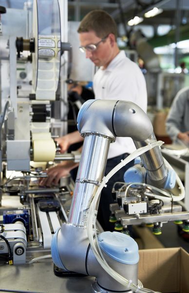 Packaging And Palletizing With Collaborative Robots